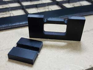 Andy Davison Inter-locking 4mm Black Fr4 Parts – The small square is only 18 x 20mm